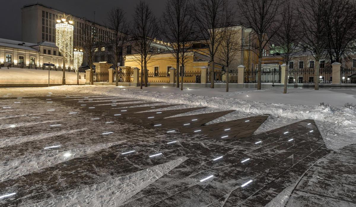 Боровицкая площадь, Москва - светильники LANE в грунте