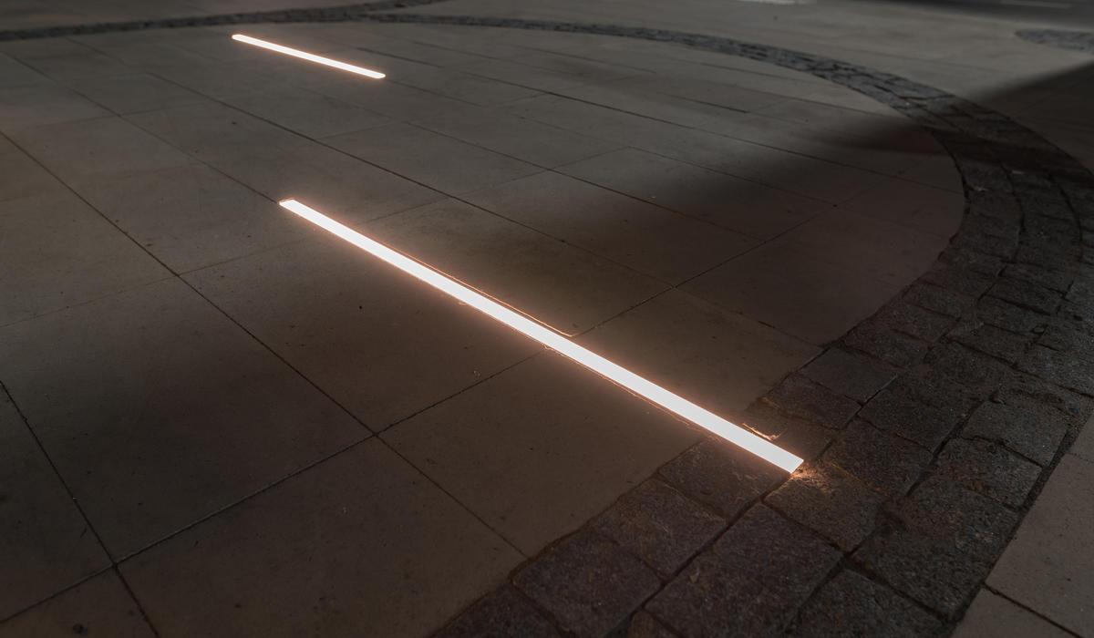 Площадь в Ростове - светильники в мощении LANE Спб