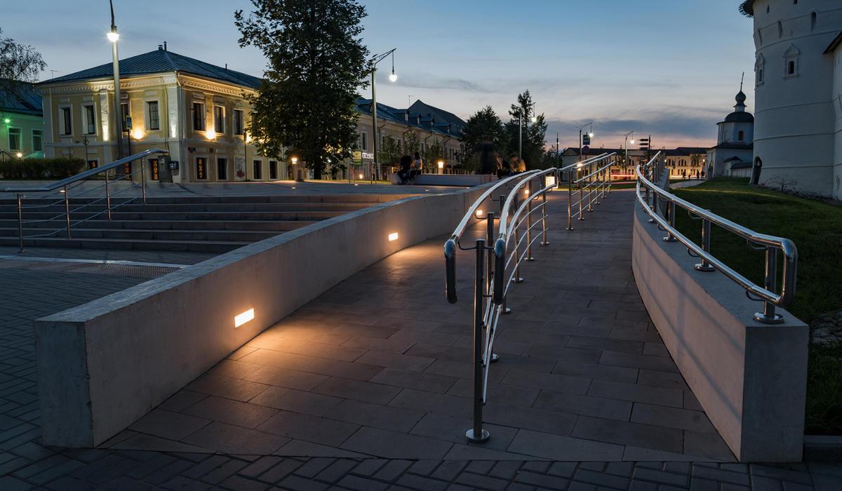 Площадь в Ростове - светодиодная плитка TRIF BRICK Спб