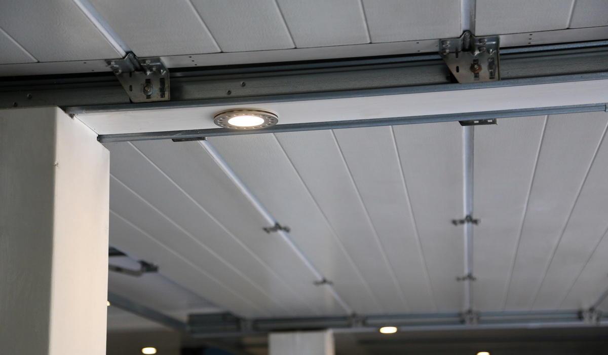 Super UNi - светодиодные прожекторы под заказ
