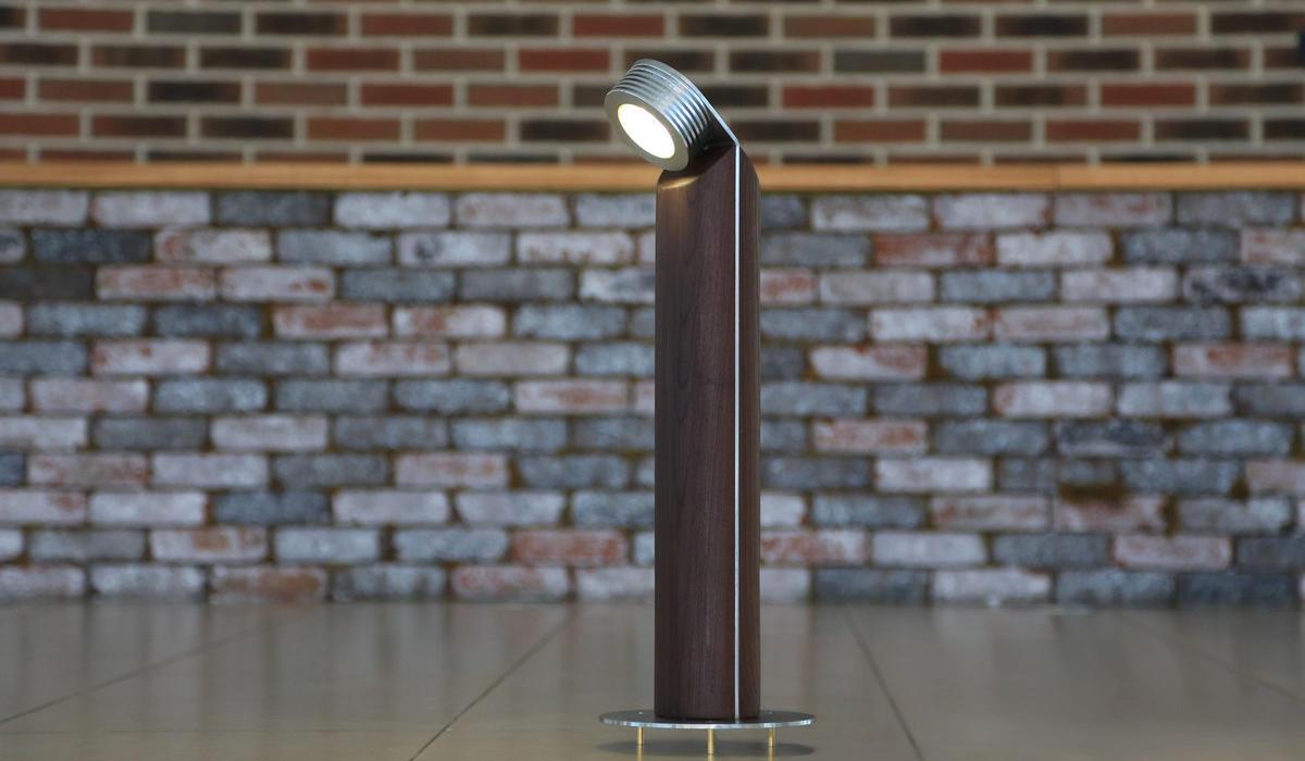 Светодиодный светильник из термодерева TRIF WOOD R 45 на заказ