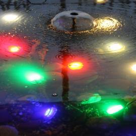 Подводный светильник OLIVA в исполнениях R,G,B