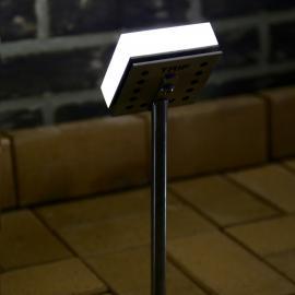 Светильники TRIF CUBE UP - подсветка крон деревьев